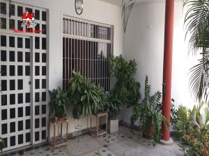 Casa En Ventaen Maracay, La Cooperativa, Venezuela, VE RAH: 20-3921