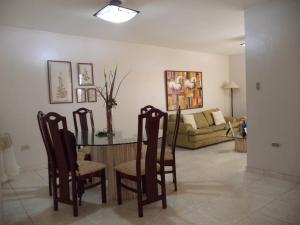 Casa En Ventaen Coro, Centro, Venezuela, VE RAH: 20-3937