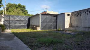 Galpon - Deposito En Ventaen Cumarebo, Centro, Venezuela, VE RAH: 20-3959