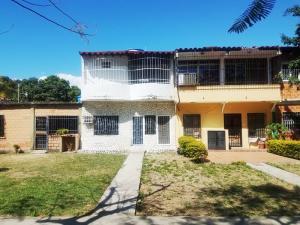 Casa En Ventaen Cagua, Prados De La Encrucijada, Venezuela, VE RAH: 20-5390