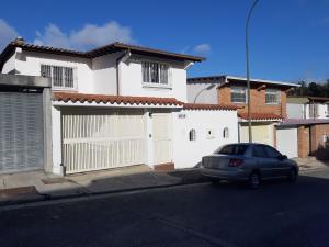 Casa En Ventaen Caracas, Los Naranjos Del Cafetal, Venezuela, VE RAH: 20-4712
