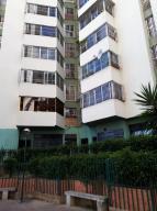 Apartamento En Ventaen Caracas, El Valle, Venezuela, VE RAH: 20-5983