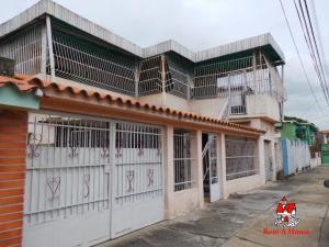 Casa En Ventaen Maracay, Piñonal, Venezuela, VE RAH: 20-4078
