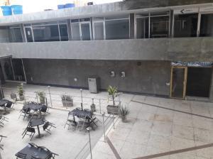 Local Comercial En Alquileren Maracaibo, Avenida Bella Vista, Venezuela, VE RAH: 20-4089