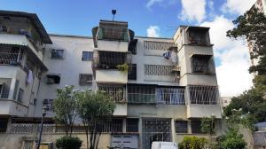 Apartamento En Ventaen Caracas, San Martin, Venezuela, VE RAH: 20-4145