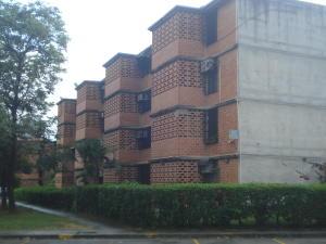 Apartamento En Ventaen Guarenas, Nueva Casarapa, Venezuela, VE RAH: 20-4166