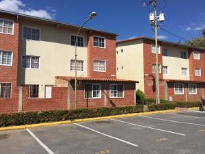Apartamento En Ventaen Guatire, Valle Grande, Venezuela, VE RAH: 20-4167