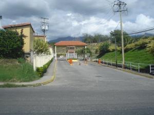 Townhouse En Ventaen Guatire, Villa Avila, Venezuela, VE RAH: 20-4170