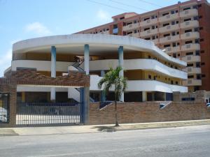 Apartamento En Ventaen Higuerote, Puerto Encantado, Venezuela, VE RAH: 20-4174