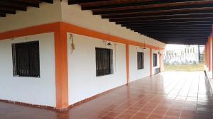 Casa En Ventaen Cumarebo, Centro, Venezuela, VE RAH: 20-4241
