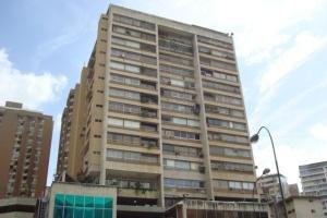 Apartamento En Ventaen Caracas, Colinas De Bello Monte, Venezuela, VE RAH: 20-4305