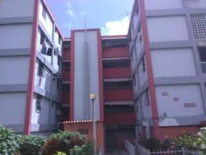 Apartamento En Ventaen Caracas, El Valle, Venezuela, VE RAH: 20-4317
