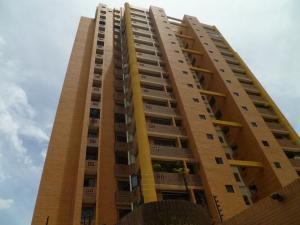 Apartamento En Ventaen Valencia, Las Chimeneas, Venezuela, VE RAH: 20-4316