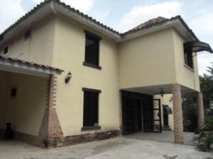 Casa En Ventaen Municipio Naguanagua, La Entrada, Venezuela, VE RAH: 20-4342