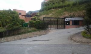 Townhouse En Ventaen Caracas, La Trinidad, Venezuela, VE RAH: 20-4419