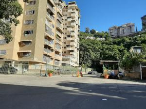 Apartamento En Ventaen Caracas, Colinas De Santa Monica, Venezuela, VE RAH: 20-4697