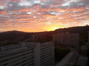 Apartamento En Ventaen Caracas, El Encantado, Venezuela, VE RAH: 20-4126