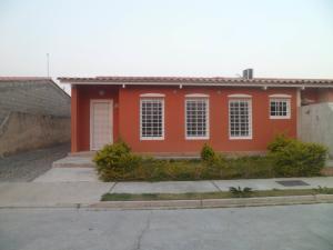 Casa En Ventaen Guacara, Ciudad Alianza, Venezuela, VE RAH: 20-4447