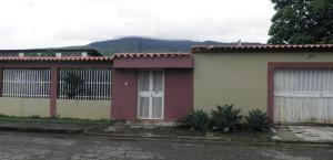 Casa En Ventaen Municipio Naguanagua, El Naranjal, Venezuela, VE RAH: 20-4450