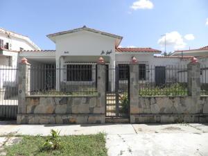Casa En Ventaen Valencia, Trigal Norte, Venezuela, VE RAH: 20-4452