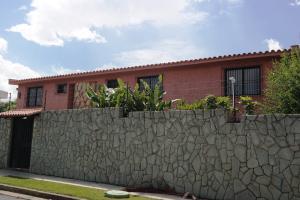 Casa En Ventaen Caracas, Macaracuay, Venezuela, VE RAH: 20-4475