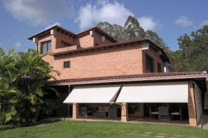 Casa En Ventaen Caracas, Los Naranjos Del Cafetal, Venezuela, VE RAH: 20-4480