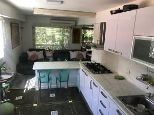 Apartamento En Ventaen Caracas, La Florida, Venezuela, VE RAH: 20-4509