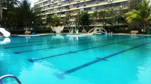 Apartamento En Ventaen Higuerote, Agua Sal, Venezuela, VE RAH: 20-4560