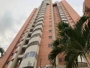 Apartamento En Ventaen Valencia, La Trigaleña, Venezuela, VE RAH: 20-4758