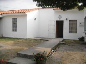 Casa En Ventaen Cabudare, Parroquia José Gregorio, Venezuela, VE RAH: 20-4581