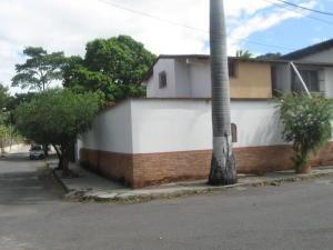 Casa En Ventaen Maracay, Tiuna, Venezuela, VE RAH: 20-4602