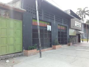 Local Comercial En Alquileren Maracay, San Ignacio, Venezuela, VE RAH: 20-4632