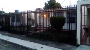 Casa En Ventaen Maracay, San Carlos, Venezuela, VE RAH: 20-4633