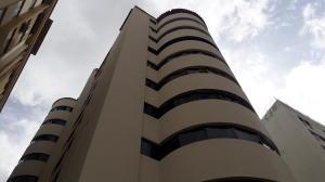 Apartamento En Ventaen Valencia, Prebo I, Venezuela, VE RAH: 20-4675