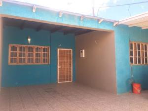 Casa En Ventaen Punto Fijo, Antiguo Aeropuerto, Venezuela, VE RAH: 20-4265