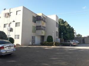 Apartamento En Ventaen Municipio San Francisco, La Coromoto, Venezuela, VE RAH: 20-4752