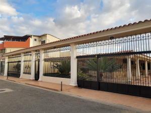 Casa En Ventaen Municipio Linares Alcantara, Las Amazonas, Venezuela, VE RAH: 20-4813