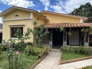 Casa En Alquileren Caracas, Altamira, Venezuela, VE RAH: 20-4779