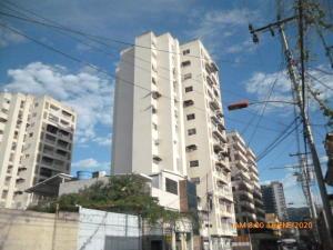 Apartamento En Ventaen Maracay, Zona Centro, Venezuela, VE RAH: 20-4787