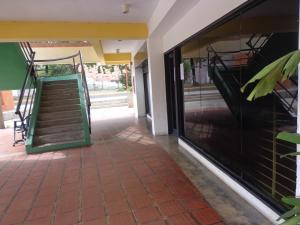 Local Comercial En Ventaen La Victoria, Centro, Venezuela, VE RAH: 20-4791