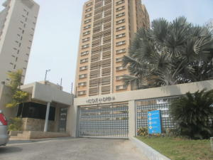 Apartamento En Ventaen Maracaibo, Avenida Universidad, Venezuela, VE RAH: 20-4815