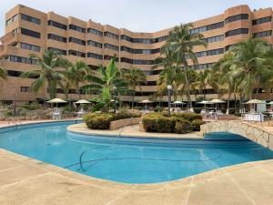 Apartamento En Ventaen Tucacas, Tucacas, Venezuela, VE RAH: 20-4825
