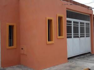 Casa En Ventaen Cagua, La Exclusiva, Venezuela, VE RAH: 20-4824