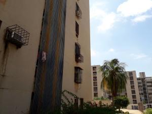 Apartamento En Ventaen Maracaibo, Avenida Goajira, Venezuela, VE RAH: 20-4841