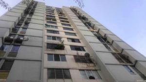 Apartamento En Ventaen Municipio Naguanagua, Casco Central, Venezuela, VE RAH: 20-4847