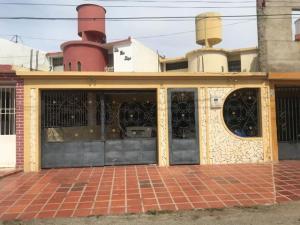 Casa En Ventaen Punto Fijo, Puerta Maraven, Venezuela, VE RAH: 20-4872