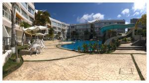 Apartamento En Ventaen Higuerote, Puerto Encantado, Venezuela, VE RAH: 20-5165