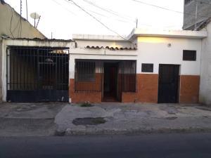 Casa En Ventaen Barquisimeto, Parroquia Concepcion, Venezuela, VE RAH: 20-4881