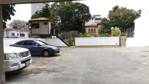 Apartamento En Ventaen Caracas, El Paraiso, Venezuela, VE RAH: 20-9443