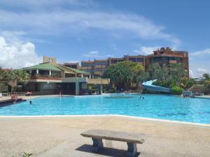 Apartamento En Ventaen Higuerote, Agua Sal, Venezuela, VE RAH: 20-4904